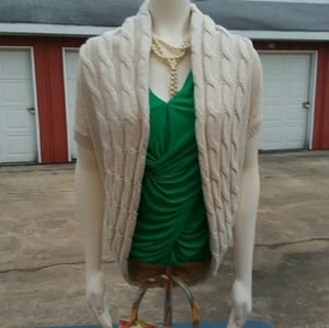 Gap Shrug style Sweater, cream color, Sz. Small